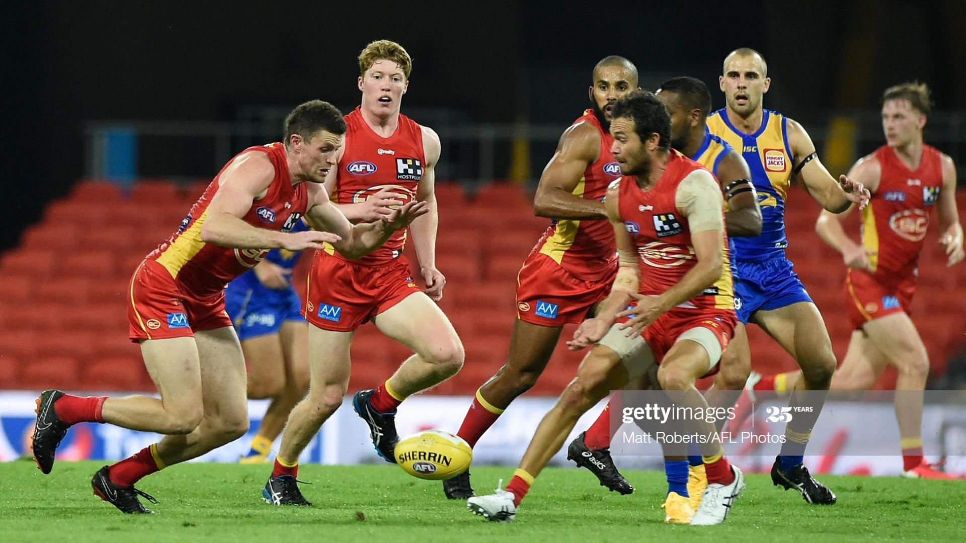 Hanley attacking the footy. Photo: Getty Images.